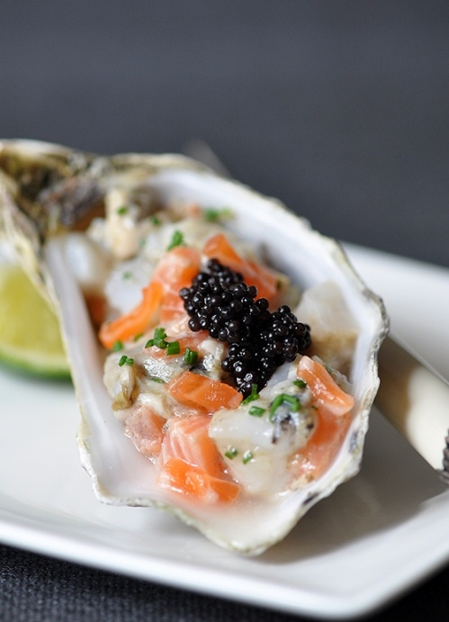 Oyster, Scallop and Salmon Tartare with Ginger DressingOysters Caviar, Yummy Recipe, Salmon Tartar, Dressings, Scallops Tartar, Gingers Dresses, Aphrodisiac Oysters, Food Recipe, Oysters Appetizers