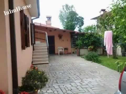▶ A Marina di Massa vendesi casa indipendente con giardino vedi sito e rif.to http://inimhouse.com/immobile_vendita_a_marina_di_massa.html