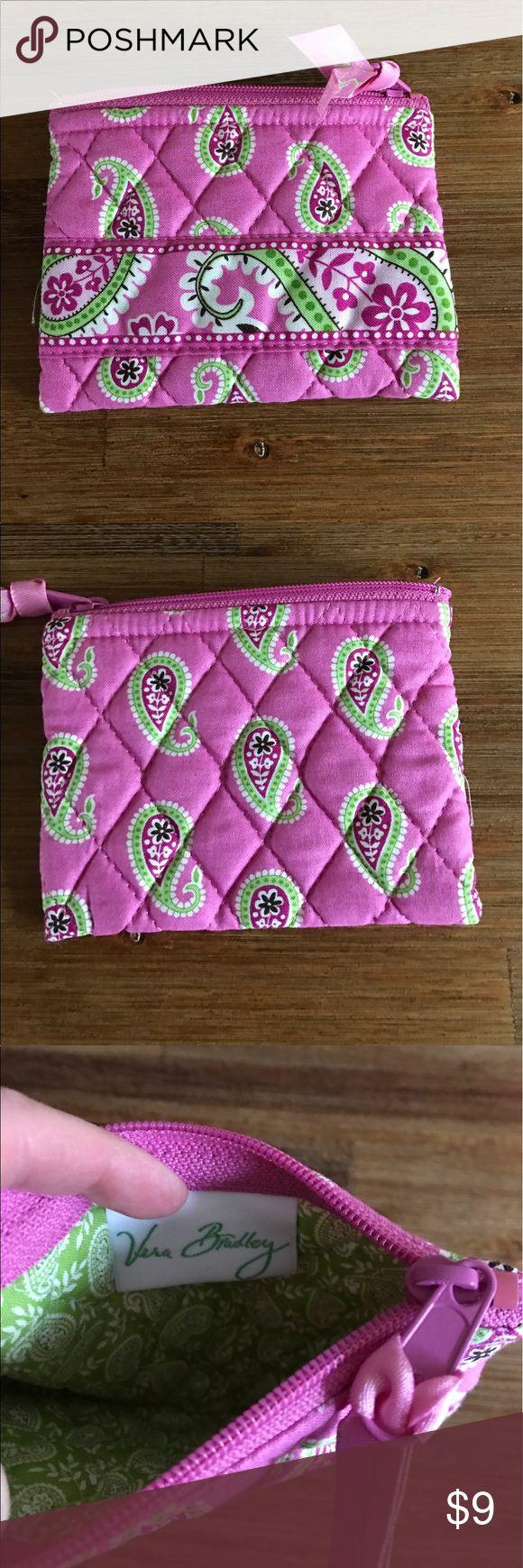 🌷SALE🌼 Vera Bradley Bermuda Pink Coin Purse Vera Bradley coin purse in retired pattern Bermuda pink used twice in excellent condition.  ‼ NO TRADES ‼ Vera Bradley Accessories
