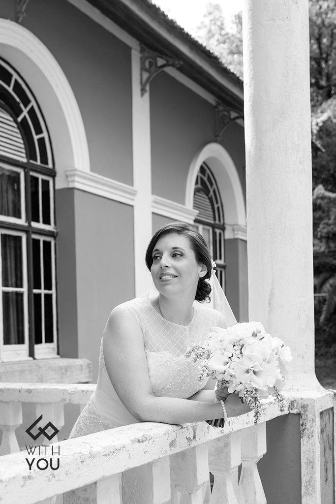 O amor não precisa de ser explicado, apenas vivido!#casamento #vestidodenoiva #véu #casarnoivas #withyou #fotografia