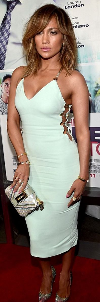 Jennifer Lopez: Dress – Cushnie et Ochs  Bag – Vita Fede  Earrings – Graziela Gems  Purse – Valentino  Shoes – Christian Louboutin