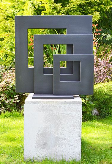 jardín de esculturas en metal, escultura de diseño moderno, arte de los jardines