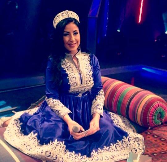 #afghani #dress #jewelry #style #afghanistan #singer #arezo