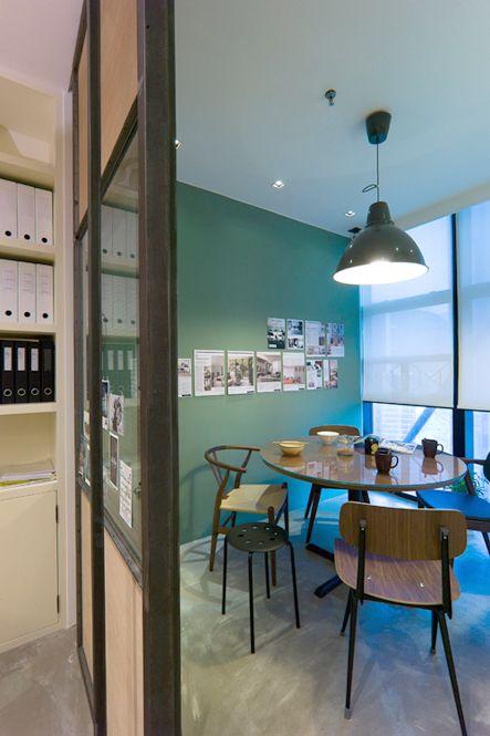 industrial style meeting room in Hintegro Studio , Hong Kong. interior design. www.hintegro.com