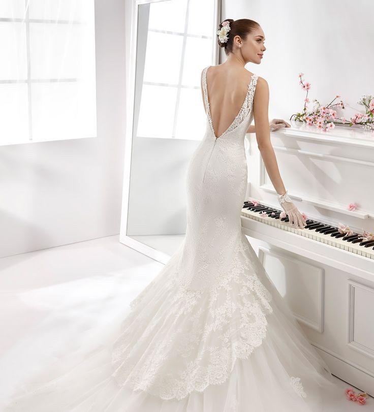 Simple Wedding Dress Aurora AUAB