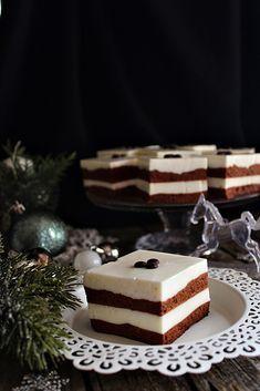 Nem tudom megmondani, hogy miért mindig ilyenkor télen jut az eszünkbe ez a süti, de idén megint most jött el az ihle...