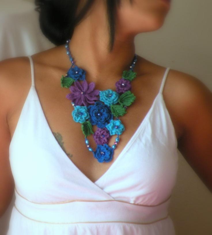 Blue flower thread crochet necklace.