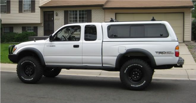 2001 Single Cab Toyota Tacoma 4x4 With Camper Shell