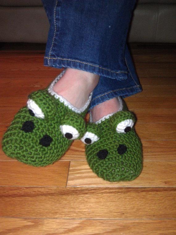 Free Crochet Pattern For Monster Slippers : Ladies Monster Slippers - via @Craftsy crochet Pinterest