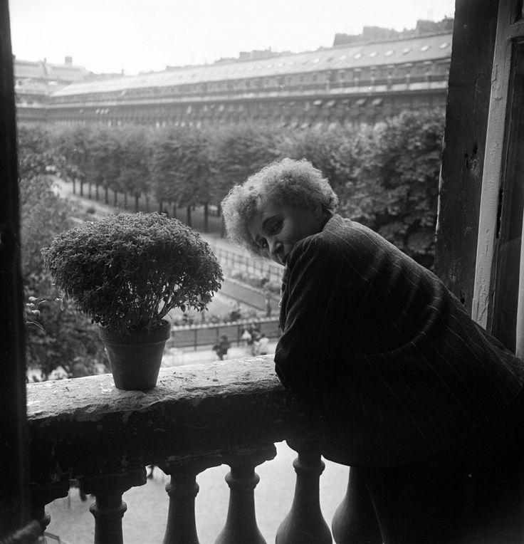 Colette, écrivain - 1941
