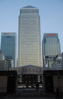 """One Canada Square, Isle of Dogs / AKA """"Canary Wharf Tower"""" / Cesar Pelli, principal architect / Completed 1991 /  770', 50 floors / Was the tallest building in the UK until the construction of the Shard London Bridge"""