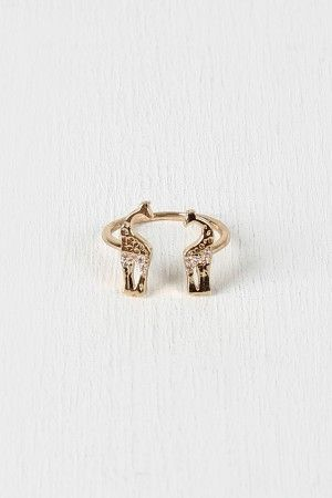 Giraffe Crossing Ring