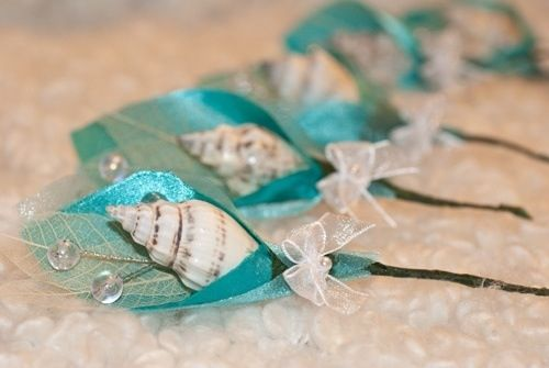 Oh wow this is soooo different. I love it, especially if you have an under the sea prom theme. #ocean #shells #prom #thepromdresses