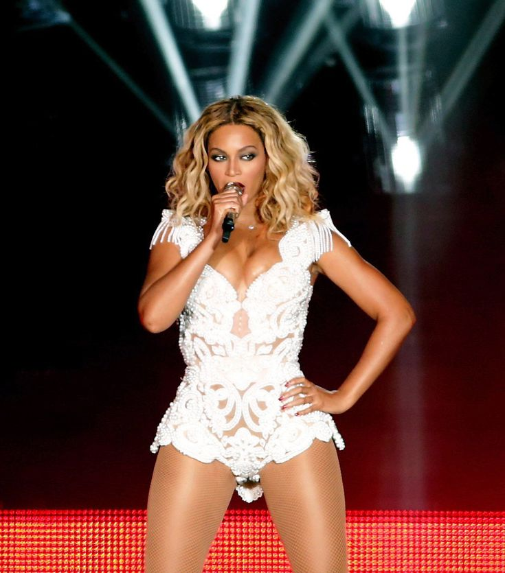 See Beyonce Rock her Signature Bodysuit on Stage - Delicate White Lace from…