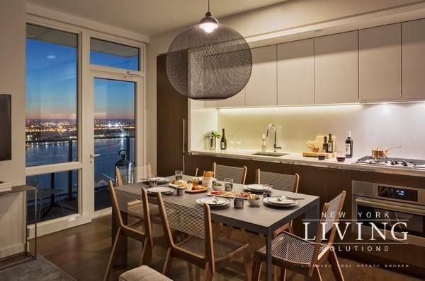 New York Apartments Midtown West 2 Bedroom Apartment For Rent Nyc Apartment New York Apartments New York City Apartment