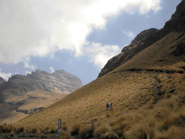 Parque Nacional Izta-Popo Zoquiapan.
