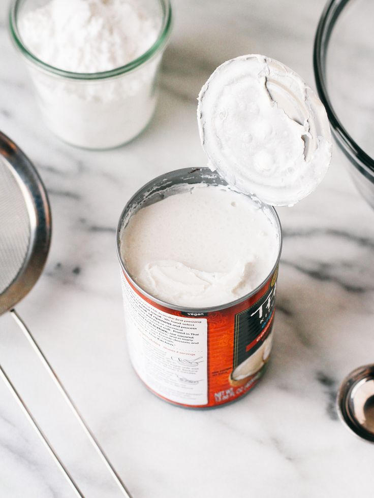 Whipped Coconut Cream: cake icing, sugar-free with stevia
