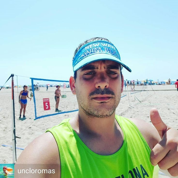 Beach Tennis is the New Golf says Jordi Martin Pallarolas @uncloromas :) . . . . Hoy torneo de Beach Tennis en Castelldefels... #newwaveswimbuoy #sport #sports #active #fun #fit #fitness #instasport #gym #training #workout #excercise #somuchfun #crowd #train #justdoit #health #fitspo #healthy #gameday #win #winner #score #best #loveit