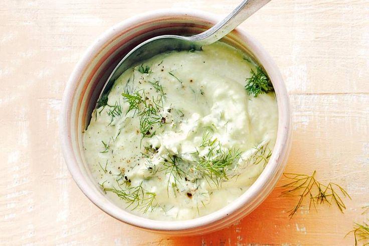 Lekker frisse dip met Griekse yoghurt, dille en avocado - Recept - Allerhande