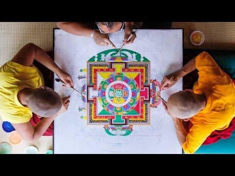 ▶ Sand Mandala Time Lapse [Extended Version] - Asheville, NC - Urban Dharma - 2012 - YouTube