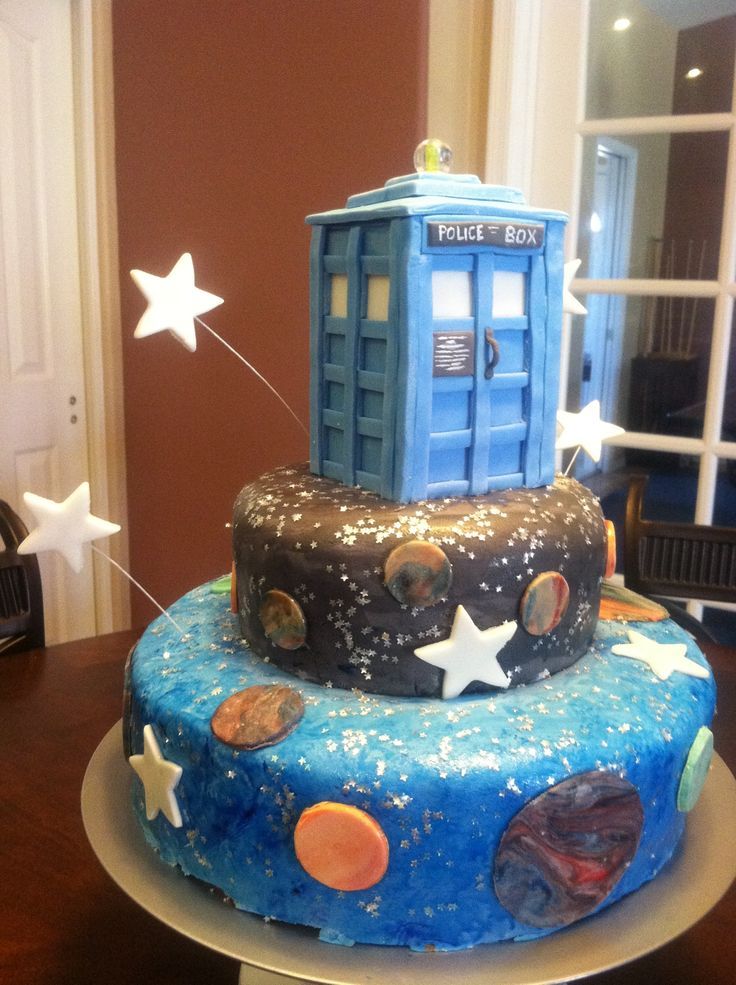 51 best doctor who cakes images on Pinterest Tardis cake Doctor