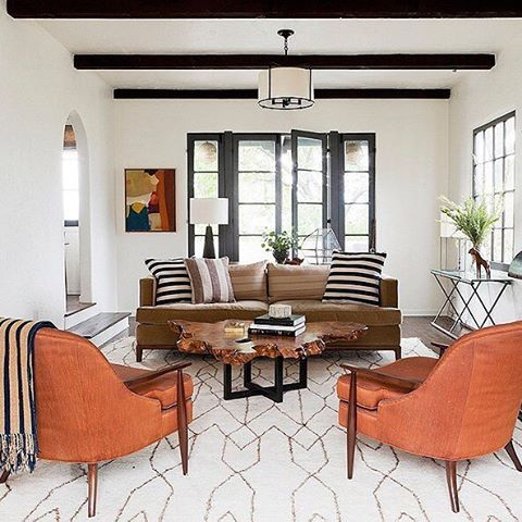 This Desert Modern Living Room Is Pair A Few Mid Century Leather Pieces