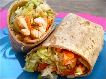 buffalo chicken chop salad wrap  |  Hungry Girl  |  200 Under 200  |  5 WWP+