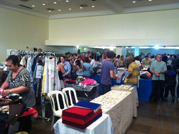 Nos dias 18 e 19 de novembro, a Na´amat Pioneiras SP promove um megabazar beneficente que vai reunir expositores de roupas masculinas, femininas e infantis, bolsas, sapatos, brinquedos, bijuterias e outros acessórios com preço em conta.