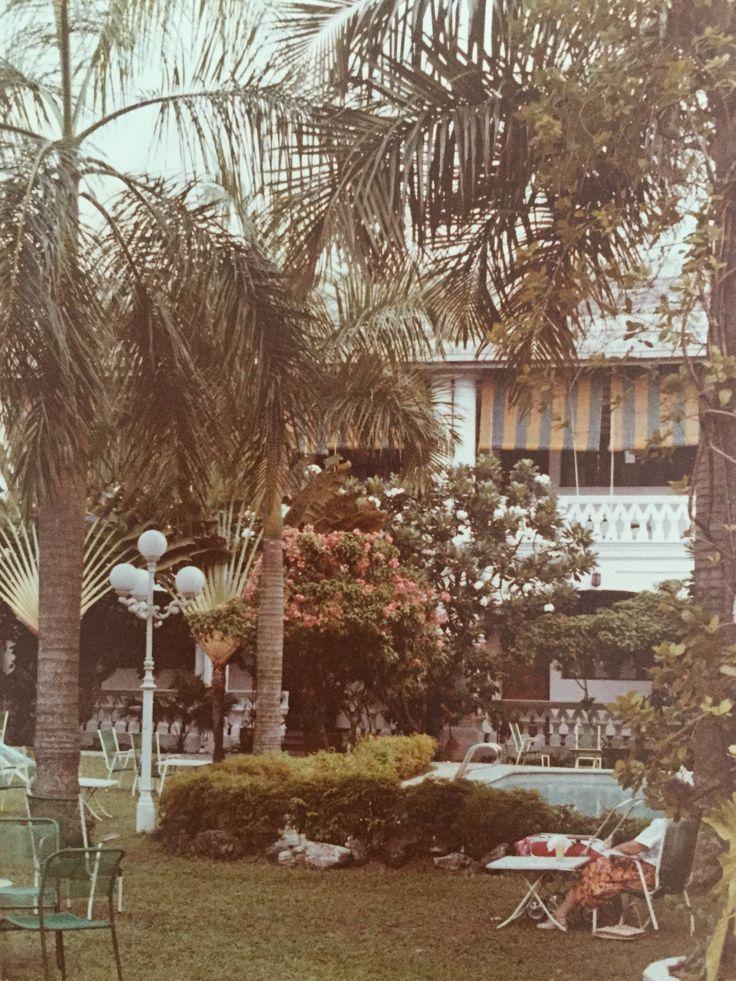 Raffles Hotel, Singapore 1980