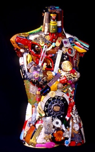 Junk artist Leo Sewell creates his 'rubbish' artwork from junk he collects from refuse dumps round his native Philadelphia.  This piece is of a female torso.  Click here to see more of Sewell's incredible art.