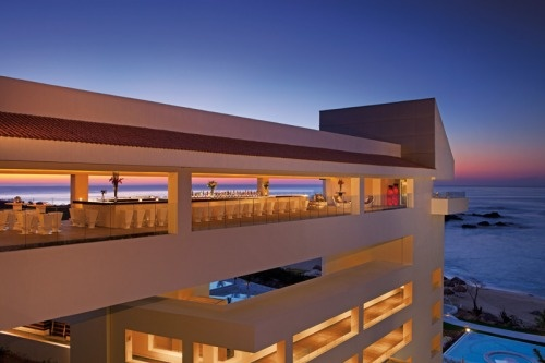 The Sky Bar at Secrets Huatulco resort