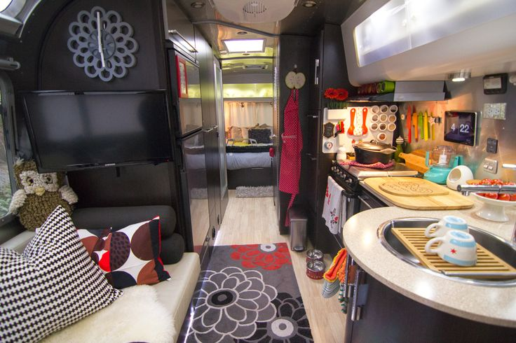 Airstream airstream trailers and trailer decor on pinterest for Airstream decor