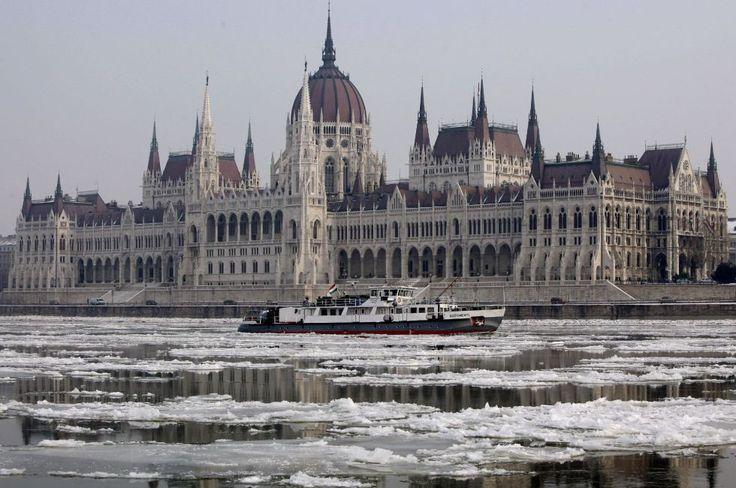 Budapest, frozen Danube