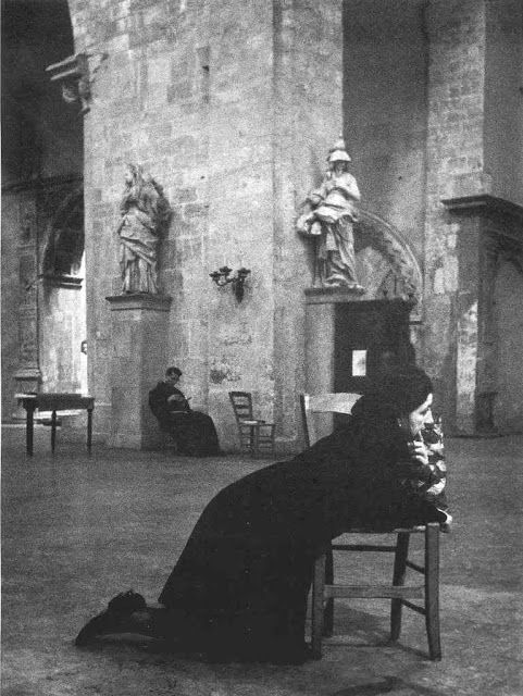 Italian Vintage Photographs ~ #Italy #Italian #vintage #photographs ~  Sicily, italy by Enzo Sellerio