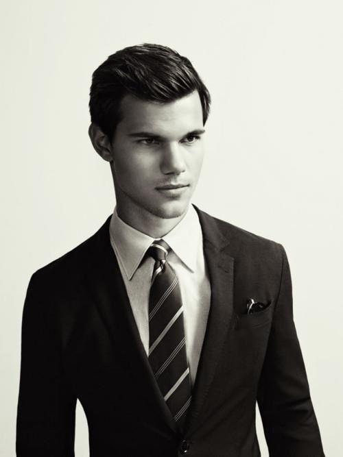 TayTay So Handsome!