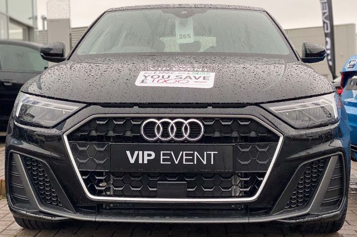 Audi A1 1 5 Tfsi 35 S Line Sportback S Tronic S S 5dr In 2020