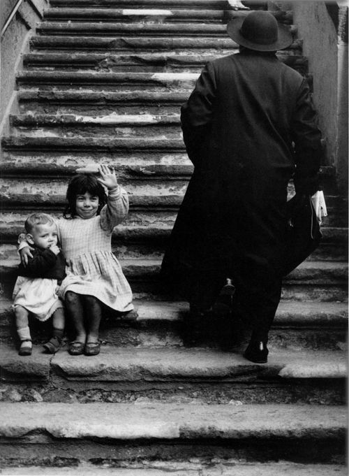 Herbert List - Stairs to Maria della Catena Church, Naples, 1961. S)