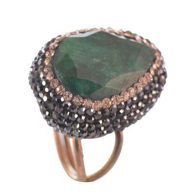 Δαχτυλίδι druzy από ρόζ επιχρυσωμένο ασήμι με εντυπωσιακή πέτρα σμαράγδι