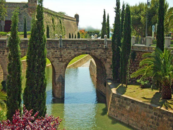 Torrent de sa Riera, Paseo de Palma, Mallorca, Spain