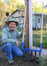 I took this picture of David Grau from Valley Oak Tool Company with his Broakfork for an ad in Mother Earth News. Check out his amazing Broadfork and Wheel Hoe tools for petroleum free organic vegetable gardening http://www.valleyoaktool.com/