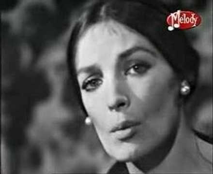 """Marie Laforet singing """"MON AMOUR MON AMIE"""": Toi mon amour, mon ami Quand je rêve…"""