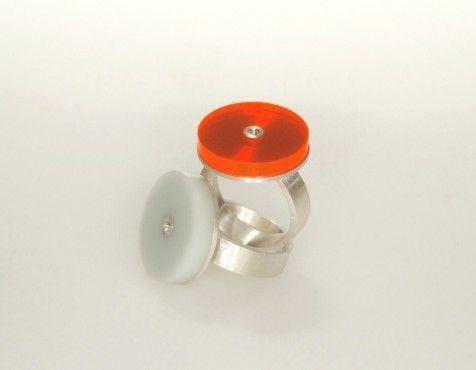 současný šperk | stříbrný prsten | Čechy