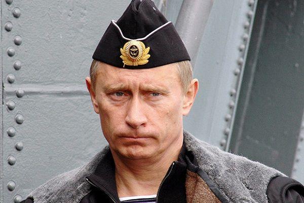 Путин объявил внезапную проверку Вооруженных сил России, может начать атаку в любой момент