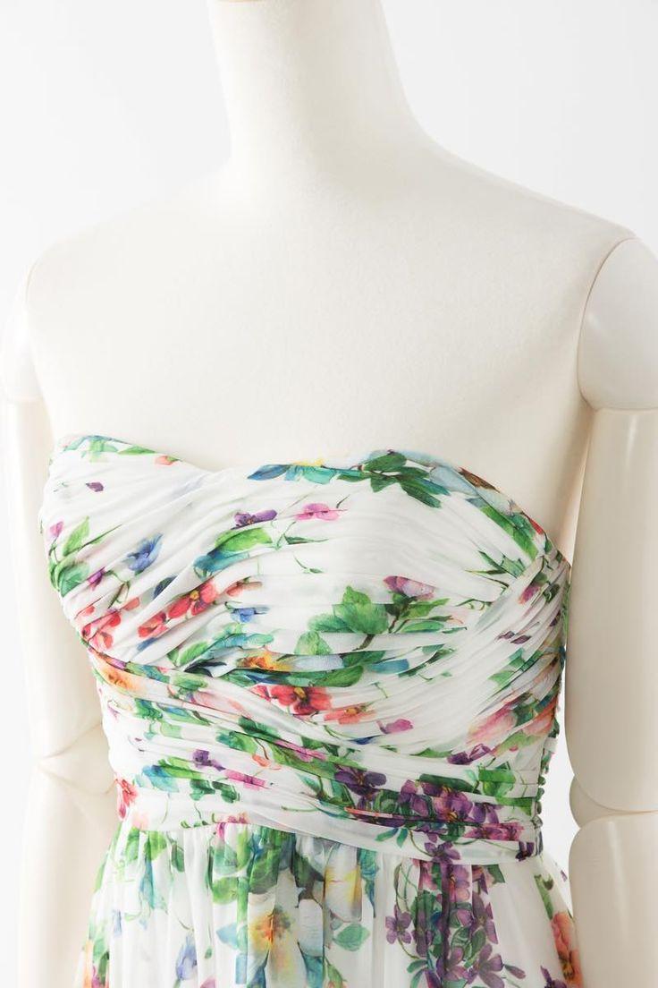ブライズメイド 結婚式 ドレス セール チュール SARAH プリント 白 Sale, Instock Bridesmaid Dresses. Ivory, Beige Multi Color Floor Length & Knee Length Satin Dress. #ブライズメイドドレス #ブライズメイド 合計金額 ¥20,000-(税抜)以上で送料無料  即日納品   セール商品の返品受付サービス・お直しについて フラワープリント生地のベアトップデザインの膝丈ドレス アイボリー生地にプリントされたカラフルなお花が可愛く、リゾートウエディングにいかがでしょうか 定価25,500円の50%オフにて限定販売です   販売ドレスカラー: アイボリー(画像色)サイズ0 ドレス実寸サイズ-バスト84cm/ウエスト63cm/ヒップ90cm/着丈(脇から裾まで)75cm   【セールドレス色別タグ】  #アイボリー・ベージュ系   #赤・ピンク系   #ブルー・パープル・グリーン系   #イエロー・コーラル系   #ブラック・ネイビー系