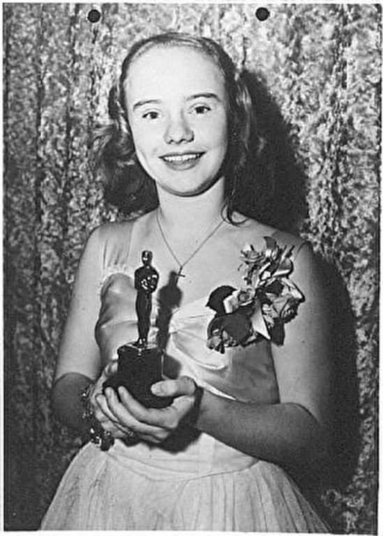 """ABOUT PEGGY ANN GARNER • Academy Award winner (juvenile) for her 1945 starring role in """"A Tree Grows in Brooklyn."""" • Other films"""
