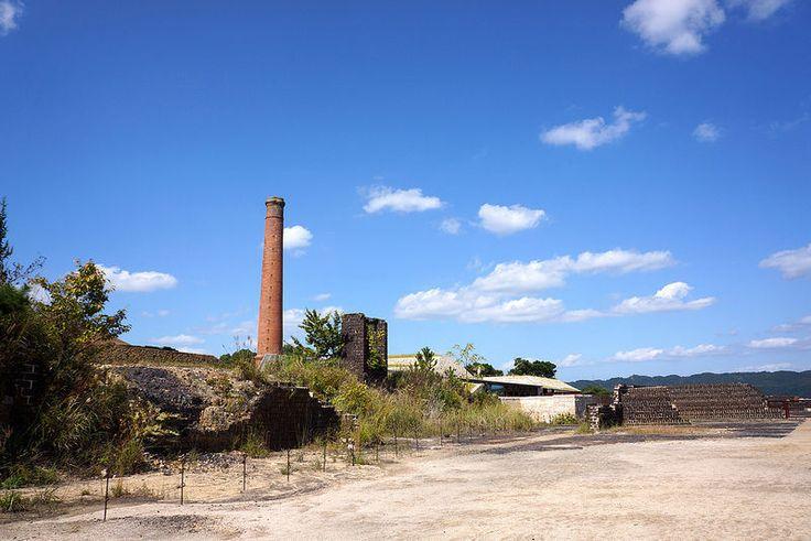 岡山県から日帰りで楽しめるスポット。煉瓦造りの工場跡や煙突が綺麗にのこされている。犬島観光のおすすめ
