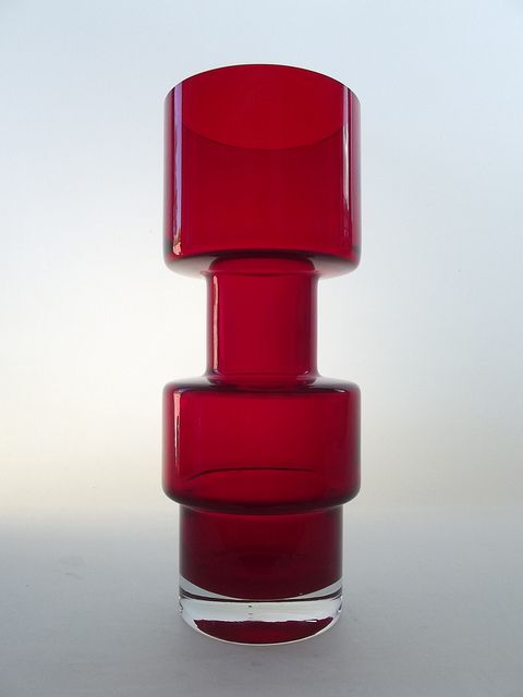 Riihimaki ruby coloured cased glass vase