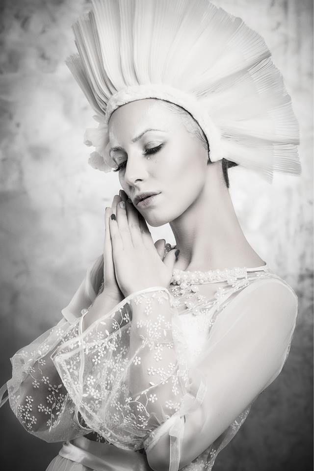 Photography by Xavi - © http://xavi.ro/  Model: Amadeea Violin Make-up: Andreea Tinica