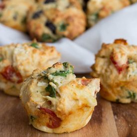 Yummy savoury muffins with Kalamata olives, semi sun-dried tomatoes, spinach, feta and more.