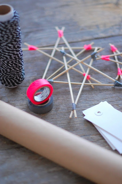 #DIY #christmas neon pink washi tape wooden star via cecilieslykke